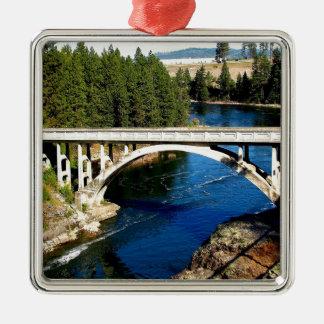 Ponte do Alasca do rio da água Ornamento Quadrado Cor Prata