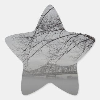 Ponte que mede o Rio Ohio Adesivo Em Forma De Estrela