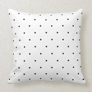 Pontos preto e branco das bolinhas travesseiro de decoração