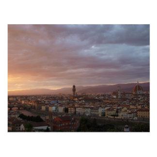 Por do sol de Florença, Italia Cartão Postal