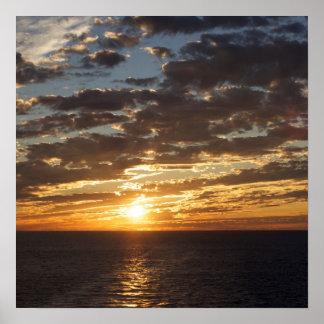 Por do sol na foto do mar