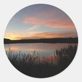 Por do sol no parque estadual de Scott do lago - Adesivo Em Formato Redondo
