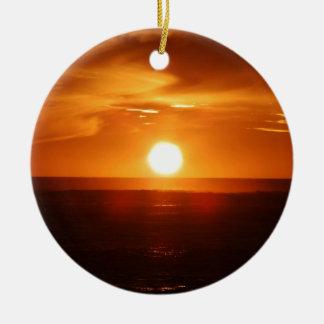 Por do sol ornamento de cerâmica redondo