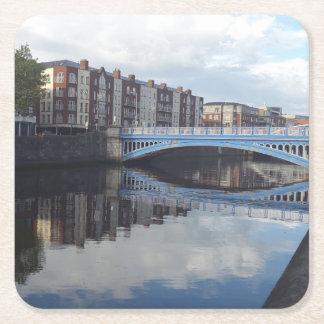 Porta-copo De Papel Quadrado Porta copos da reflexão da ponte de Dublin