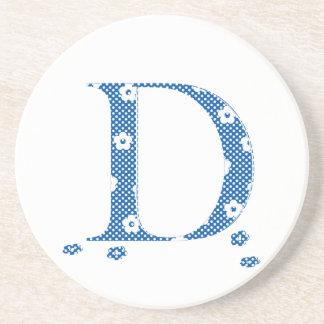 Porta-copos De Arenito Letra modelada D da flor (azul & pontos)