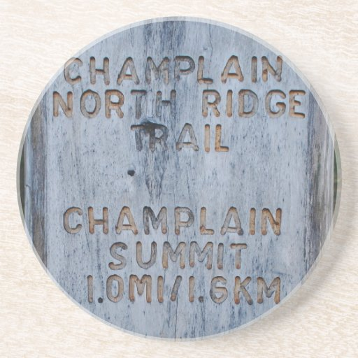 Porta copos de Trailhead da montanha de Champlain