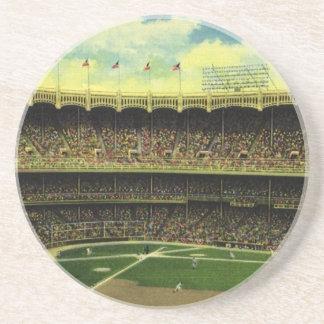 Porta-copos Esportes, bandeiras e fãs do vintage no estádio de