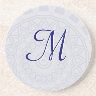 Porta copos leve do monograma da mandala do floco