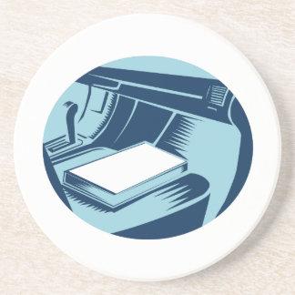 Porta-copos Livro no Woodcut do Oval do banco de carro