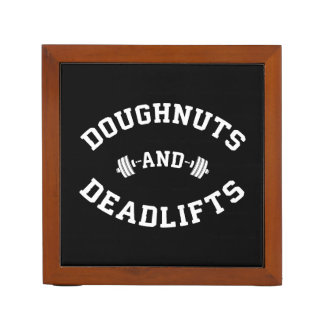 Porta Lápis Filhóses e Deadlifts - exercício engraçado do Gym