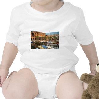 Porto em Menaggio, lago Como Macacãozinhos Para Bebê
