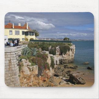 Portugal, Cascais. Praia a Dinamarca Rainha, uma p Mousepads