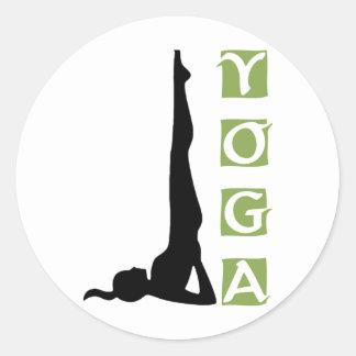 Pose da ioga da inversão adesivos redondos