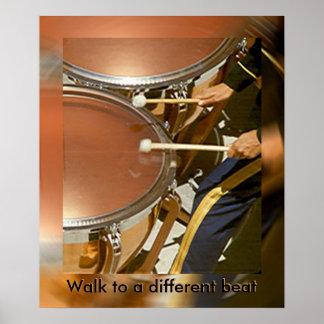 Poster - caminhada do baterista a uma batida