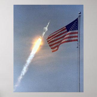 Poster do lançamento de Apollo 11