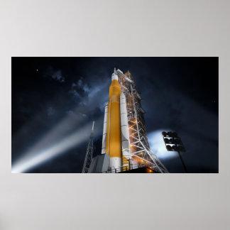 Poster do sistema do lançamento do espaço da NASA