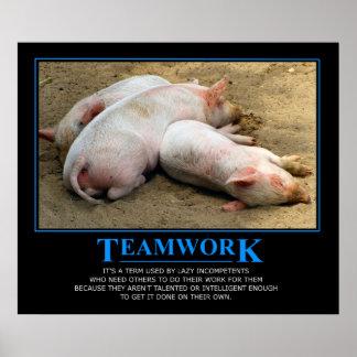 Poster dos trabalhos em equipe