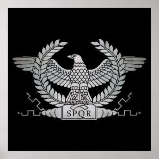 Póster Eagle de prata romano no preto