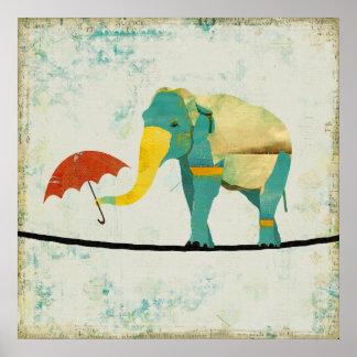 Poster gracioso dourado da arte do elefante