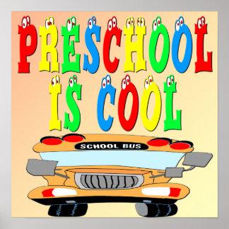 Poster legal do ônibus do pré-escolar