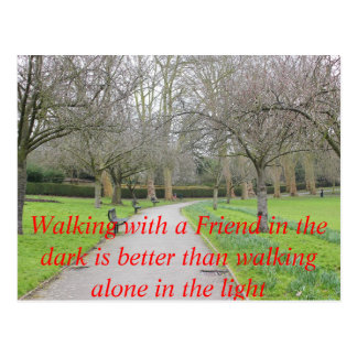 Poster sozinho do texto da caminhada do parque do  cartoes postais