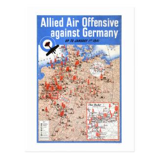 Poster vintage ofensivo de Alemanha do ar aliado Cartão Postal