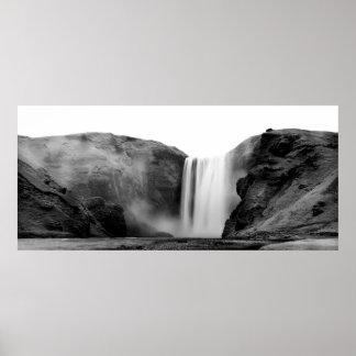 Póster Waterfall em Iceland - Skógafoss