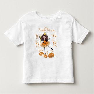 Pouca princesa da abóbora - doce como a torta camisetas