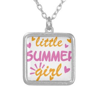 Pouco design legal da menina do verão colar banhado a prata
