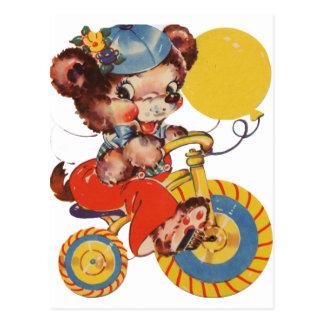 Pouco urso em Trike Cartão Postal