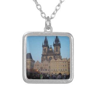 Praça da cidade velha da república checa de Praga Colar Banhado A Prata