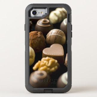 Pralines deliciosos do chocolate capa para iPhone 7 OtterBox defender