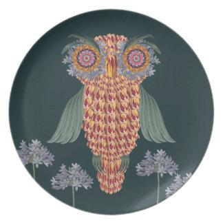 Prato A coruja da sabedoria e das flores