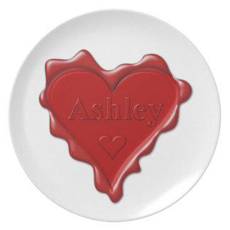 Prato De Festa Ashley. Selo vermelho da cera do coração com