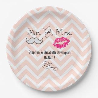 Prato De Papel Moustache & lábios Sr. & Sra. Pêssego Chevron