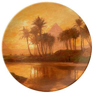 Prato De Porcelana Ao longo da placa decorativa da porcelana de Nile