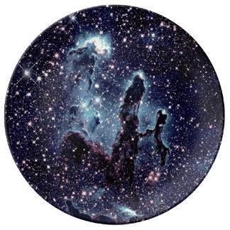 Prato De Porcelana As colunas da placa azul da ardósia da nebulosa da
