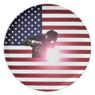 Prato Soldador e bandeira americana