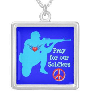 pray para nossa colar dos soldados
