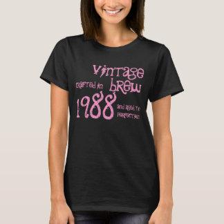 Presente da fermentação do vintage de um ano de camiseta