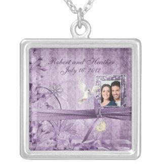 Presente de casamento floral da foto da lavanda colar banhado a prata
