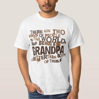 Presente do vovô (engraçado) t-shirts