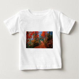 Presentes pintados da aguarela da chama do outono tshirts