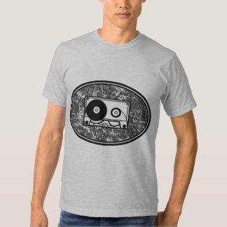 Preto & branco da cassete de banda magnética camiseta