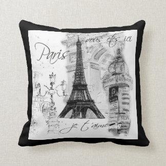 Preto & branco da colagem da torre Eiffel de Paris Travesseiro De Decoração