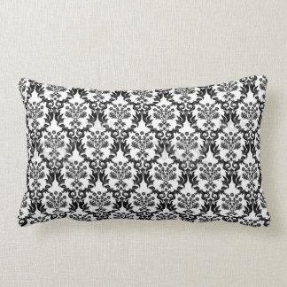 Preto e branco travesseiros de decoração