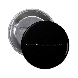 Preto engraçado do botão de letras miudinhas bóton redondo 5.08cm