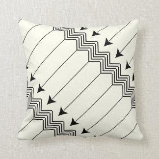 Preto & fora do teste padrão branco de Herringbone Travesseiro De Decoração
