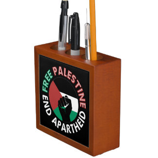 Preto livre do punho da bandeira do Apartheid do