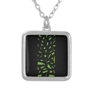 Preto luxuoso do verde dos ornamento colar banhado a prata